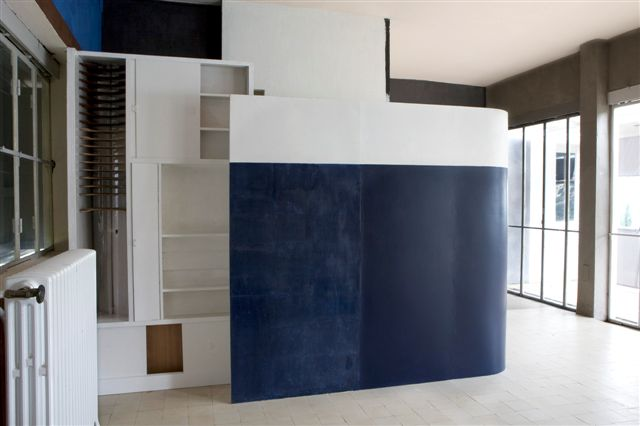 house of usher eileen gray le corbusier and the strangely twisted fate of alastair gordon. Black Bedroom Furniture Sets. Home Design Ideas