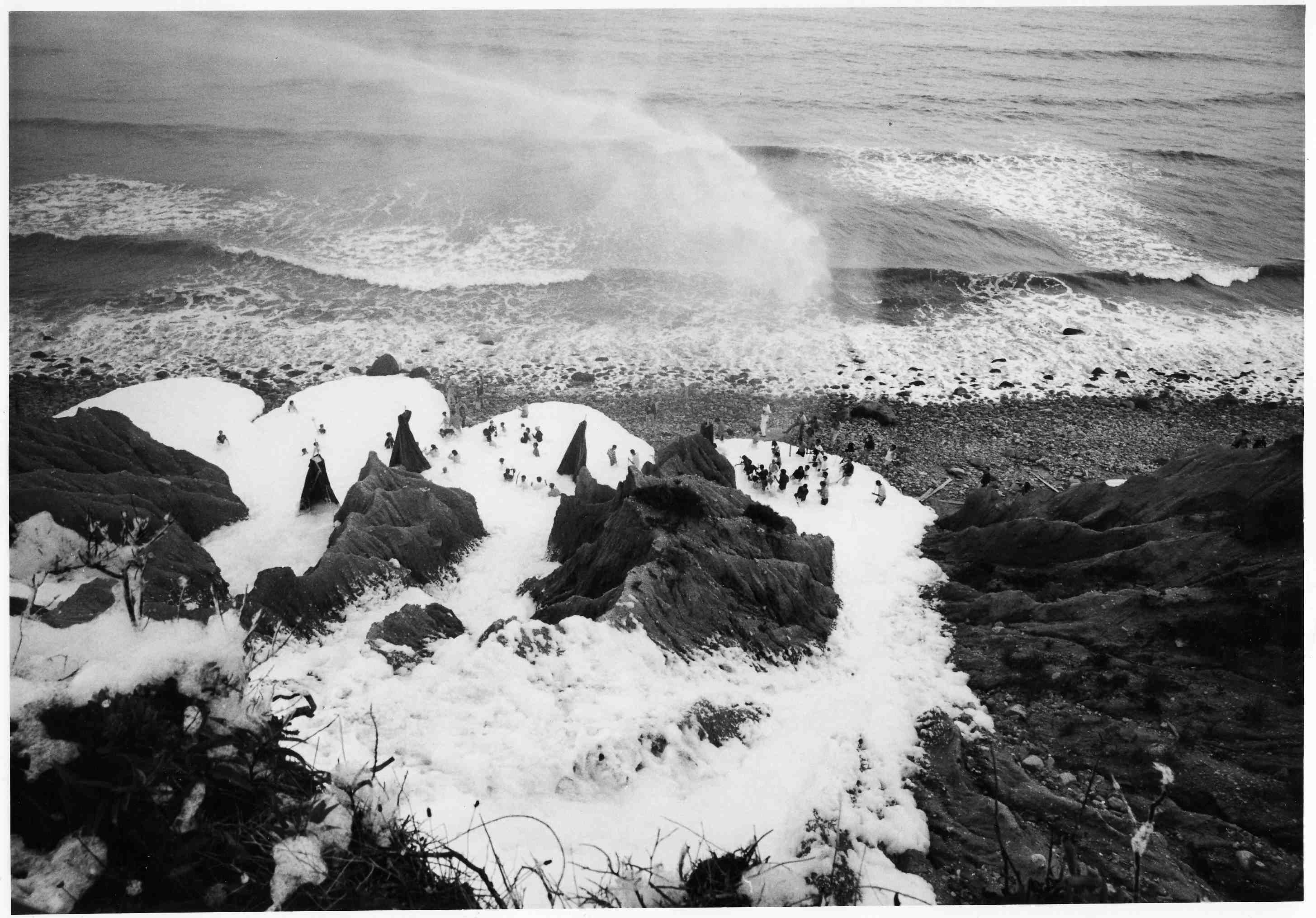Foam at Montauk Point, Sunday, August 7, 1966