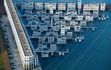 14-floating-houses-east-amsterdam-670